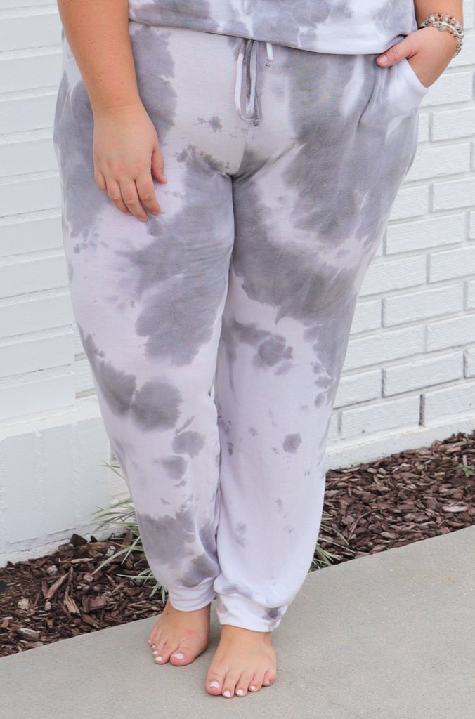 CURVY: Moments To Remember Tie Dye Sweatpants