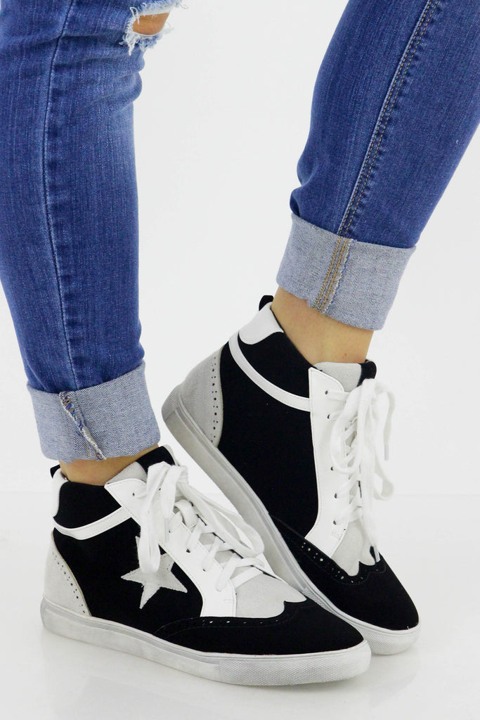 Believe The Stars Sneaker