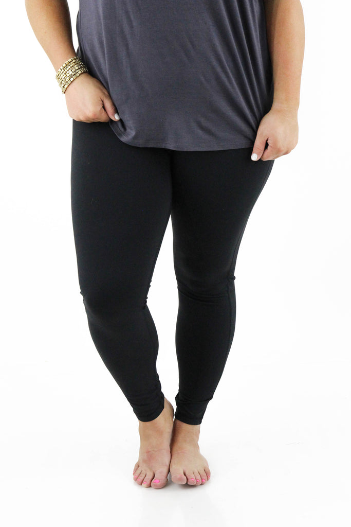 CURVY: Crossed Out Leggings