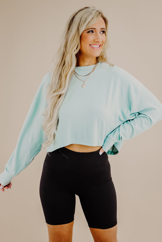 Refreshing Love Crop Pullover