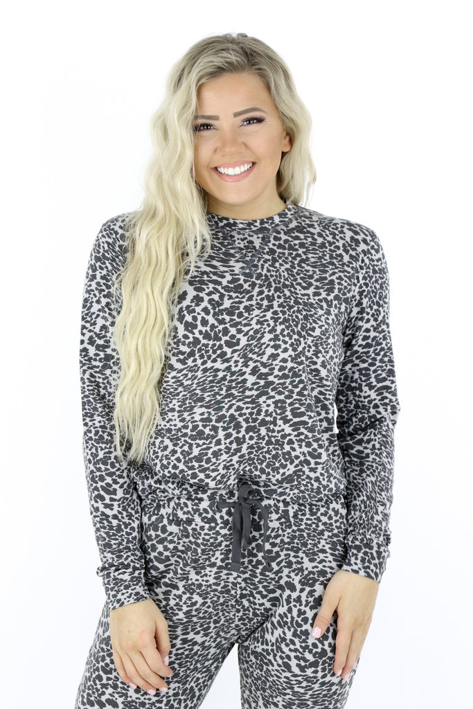 The First Choice Leopard Pullover