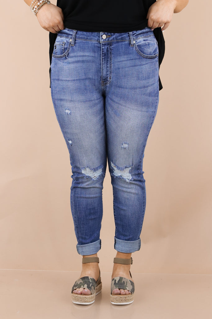CURVY: Casually Passing Through High Rise Skinny Jeans