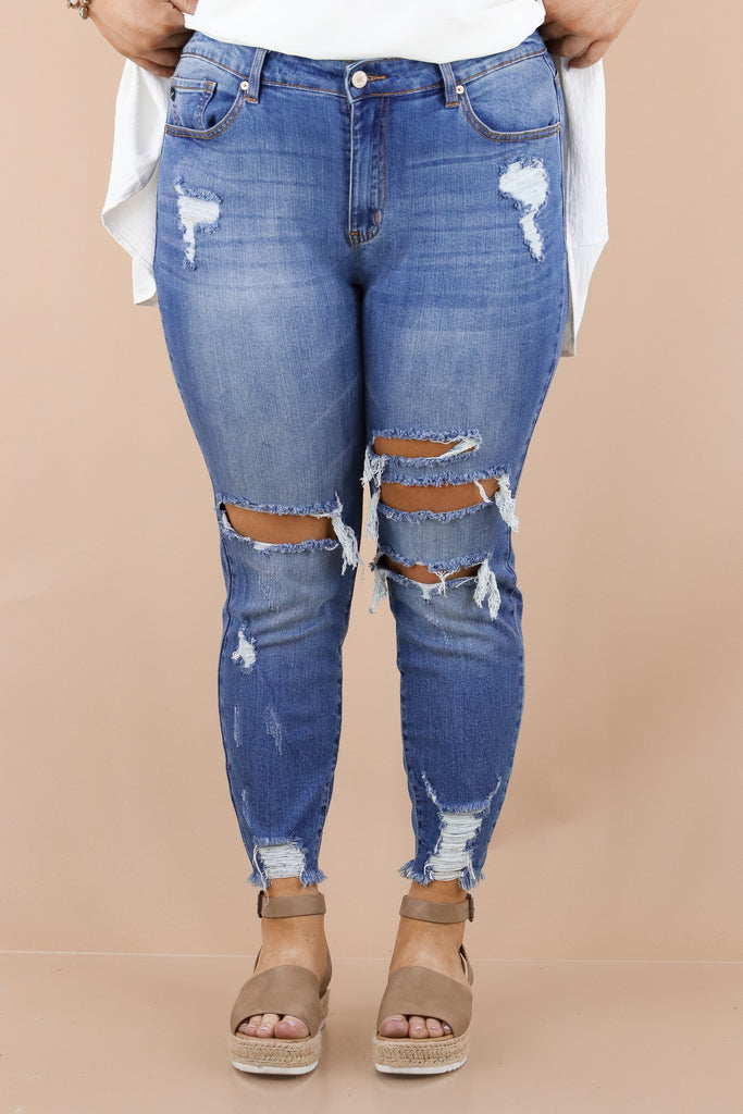 CURVY: So Totally Out There Ankle Skinny Jeans