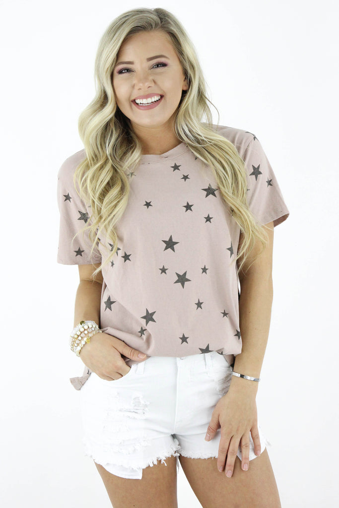 Around The Corner Star Print Top: Available in 2 Colors