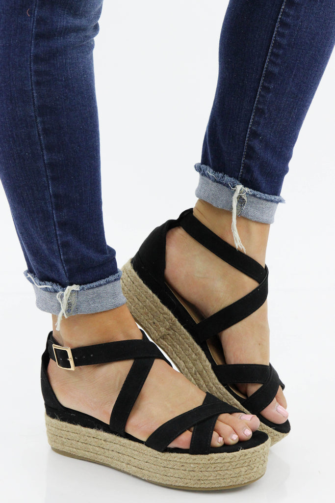 RESTOCK: This Is What's Best Platform Sandal