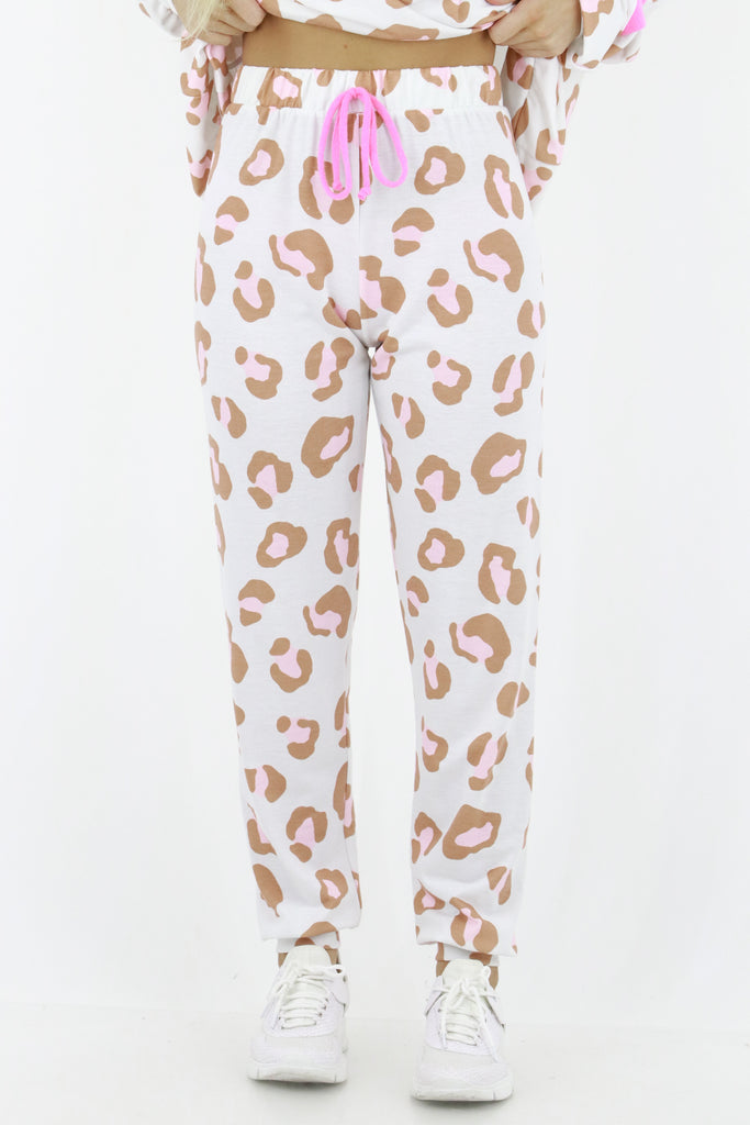 Slightly Tempted Leopard Sweatpants