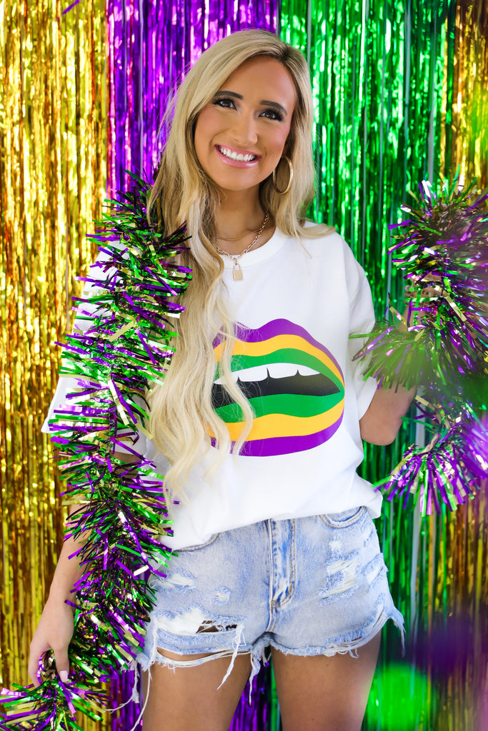Mardi Gras Kisses Graphic Tee