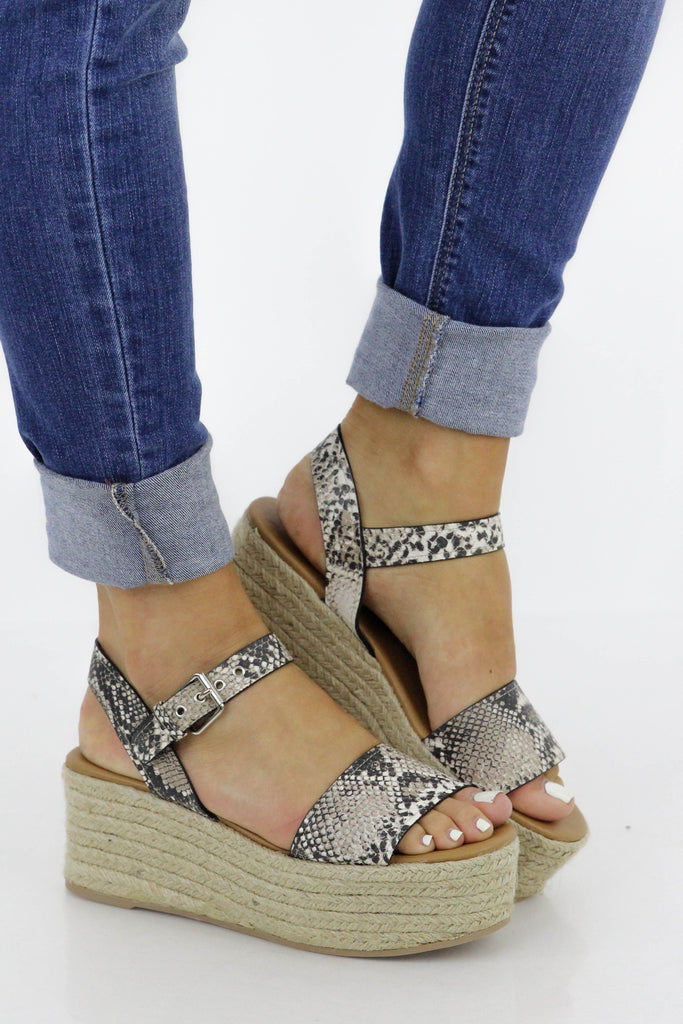 Bright & Lovely Wedge