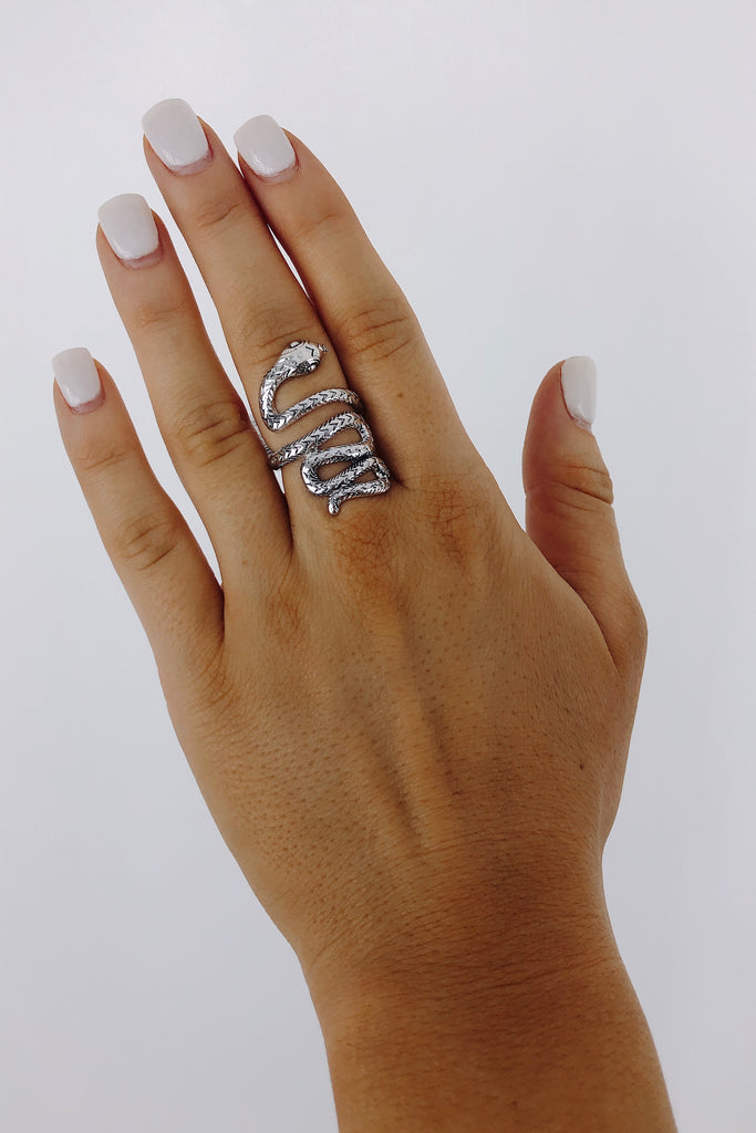 Snake Ring: Available in 2 Colors