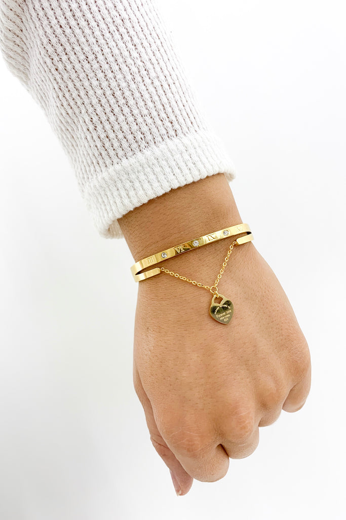 Heart Dangle Bangle Bracelet