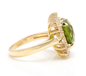 5.50 Carats Natural Very Nice Looking Peridot and Diamond 14K Solid Yellow Gold Ring