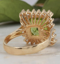 Load image into Gallery viewer, 5.50 Carats Natural Very Nice Looking Peridot and Diamond 14K Solid Yellow Gold Ring