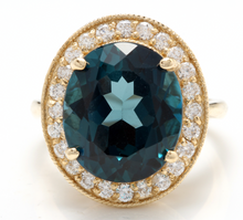 Load image into Gallery viewer, 5.40 Carats Impressive Natural Aquamarine and Diamond 14K Solid White Gold Ring