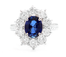 Load image into Gallery viewer, 4.30 Carats Exquisite Natural Blue Sapphire and Diamond 14K Solid White Gold Ring