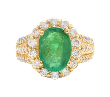 Load image into Gallery viewer, 4.80 Carats Natural Emerald and Diamond 18K Solid Yellow Gold Ring