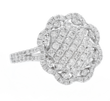 Load image into Gallery viewer, Estate Splendid 1.38 Carats Natural Diamond 14K Solid White Gold Ring