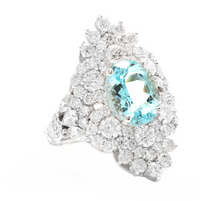 Load image into Gallery viewer, 8.10 Carats Natural Impressive Natural Aquamarine and Diamond 14K White Gold Ring