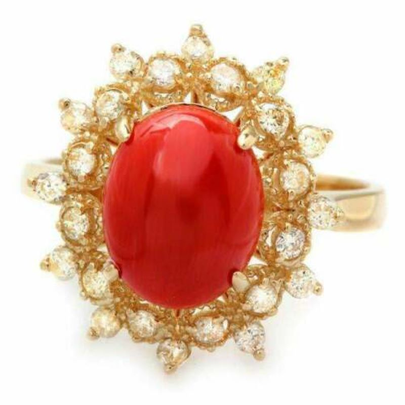 3.55 Carats Impressive Coral and Diamond 14K Yellow Gold Ring