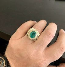 Load image into Gallery viewer, 6.20 Carats Natural Emerald and Diamond 14K Solid Yellow Gold Men's Ring