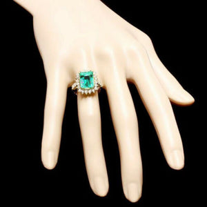 5.50 Carats Natural Emerald and Diamond 14K Solid Yellow Gold Ring