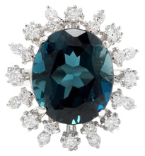 Load image into Gallery viewer, 11.80 Carats Exquisite London Blue Topaz and Diamond 14K Solid White Gold Ring
