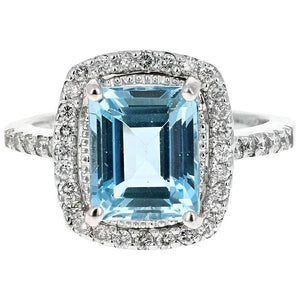 4.55 Carats Natural Aquamarine and Diamond 14K Solid White Gold Ring