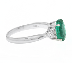 1.66 Carats Exquisite Emerald and Diamond 14K Solid White Gold Ring