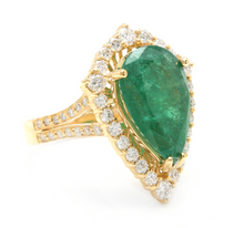 Load image into Gallery viewer, 8.20 Carats Natural Emerald and Diamond 14K Solid Yellow Gold Ring