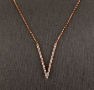 "0.45Ct Stunning 14K Solid Rose Gold Diamond ""V"" Necklace"