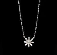 Load image into Gallery viewer, 0.50Ct Stunning 14K Solid White Gold Diamond Necklace