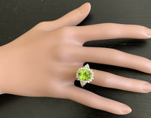 Load image into Gallery viewer, 4.35 Carats Natural Peridot and Diamond 14k Solid Yellow Gold Ring