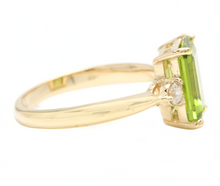 Load image into Gallery viewer, 3.18 Carats Natural Peridot and Diamond 14k Solid Yellow Gold Ring