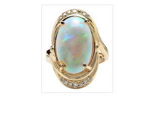 5.35 Carats Natural Impressive Ethiopian Opal and Diamond 14K Solid Yellow Gold Ring