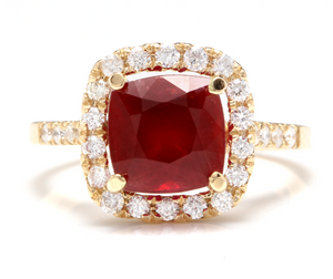 4.60 Carats Impressive Red Ruby and Natural Diamond 14K Yellow Gold Ring