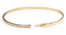 Load image into Gallery viewer, Very Impressive 0.75 Carats Natural Diamond 14K Solid Yellow Gold Bangle Bracelet