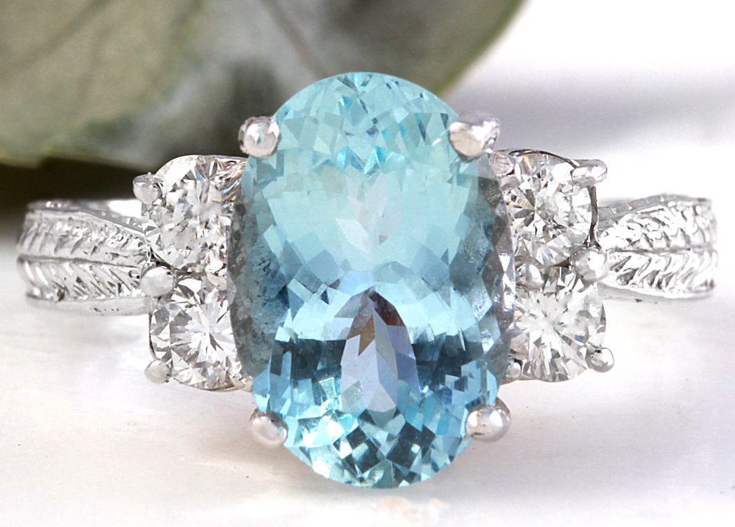 4.65 Carats Natural Aquamarine and Diamond 14K Solid White Gold Ring