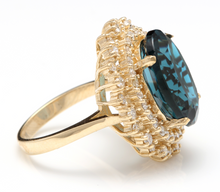 Load image into Gallery viewer, 13.40 Carats Natural Impressive LONDON BLUE TOPAZ and Diamond 14K Yellow Gold Ring
