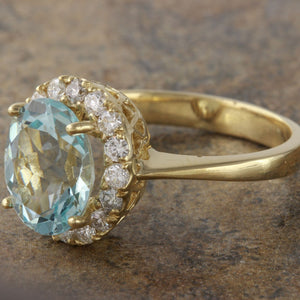 2.75 Carats Exquisite Natural Aquamarine and Diamond 14K Solid Yellow Gold Ring