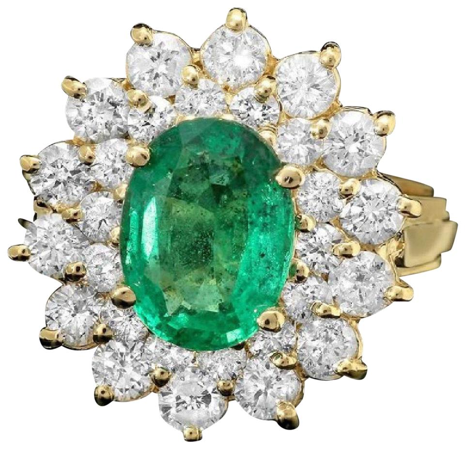 3.50 Carats Natural Emerald and Diamond 14K Solid Yellow Gold Ring