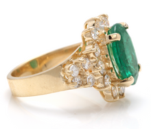 Load image into Gallery viewer, 5.70 Carats Natural Emerald and Diamond 14K Solid Yellow Gold Ring