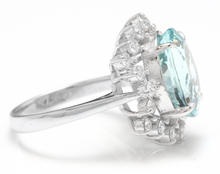 Load image into Gallery viewer, 6.85 Carats Impressive Natural Aquamarine and Diamond 14K White Gold Ring