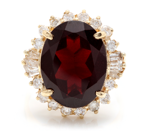 9.95 Carats Impressive Red Garnet and Natural Diamond 14K Yellow Gold Ring