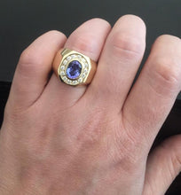 Load image into Gallery viewer, 5.10 Carats Natural Tanzanite and Diamond 14K Solid Yellow Gold Men's Ring