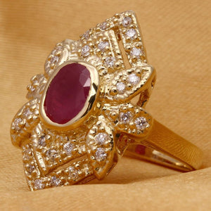 2.81 Carats Impressive Natural Red Ruby and Diamond 14K Yellow Gold Ring