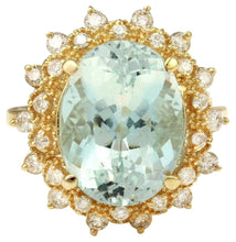 Load image into Gallery viewer, 7.59 Carats Exquisite Natural Aquamarine and Diamond 14K Solid Yellow Gold Ring