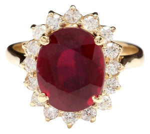 6.70 Carats Impressive Red Ruby and Natural Diamond 14K Yellow Gold Ring