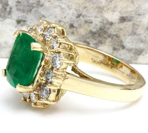 4.00 Carats Natural Emerald and Diamond 14K Solid Yellow Gold Ring