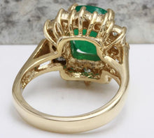 Load image into Gallery viewer, 4.00 Carats Natural Emerald and Diamond 14K Solid Yellow Gold Ring