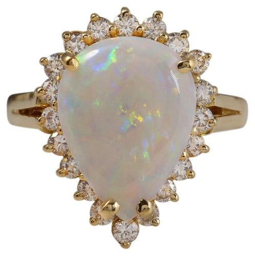 2.75 Carats Natural Impressive Ethiopian Opal and Diamond 14K Solid Yellow Gold Ring