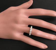 Load image into Gallery viewer, Splendid 0.90 Carats Natural Diamond 14K Solid White Gold Ring